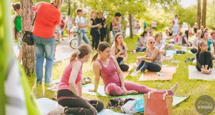 Активные занятия запустили в парках СЗАО